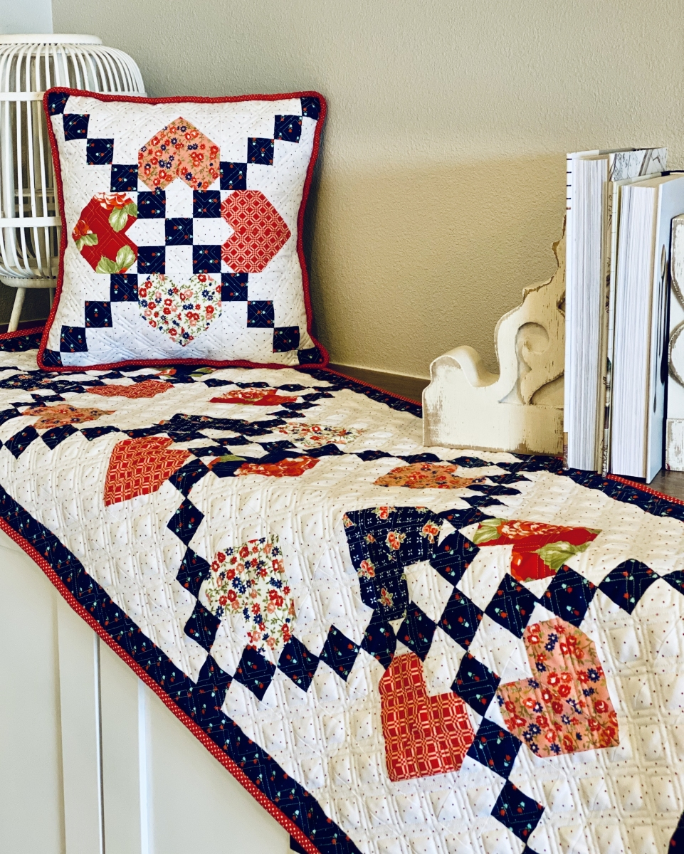 Cross-My-Heart-Tablerunner-and-Pillow